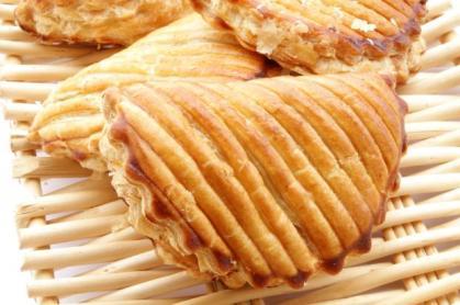 chausson-aux-pommes-a-la-cannelle